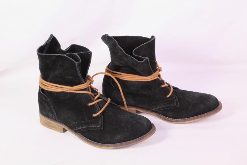Zu Schwarz 38d Ungetragen Spm Leder Velours Boots Details Gr38 Stiefeletten Schnürstiefel rCtshdQx